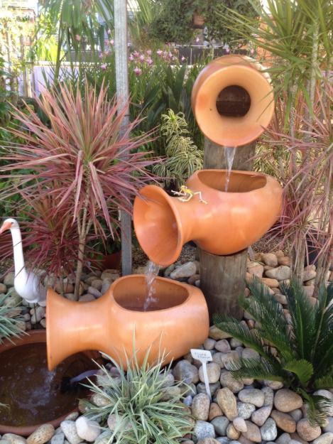1339439088_365543228_7-Cascatas-e-Fontes-para-Jardins-Brasil